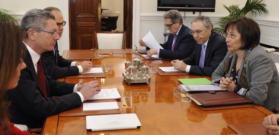 Un momento de la reunión de GEMME con el Ministro de Justicia